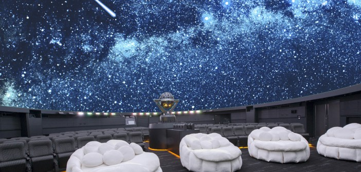 "Konica Minolta Planetarium ""Manten"" in Sunshine City (article by amuzen)"